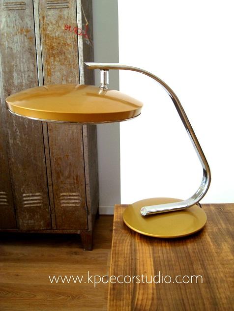 Venta de lámparas Fase baratas y a buen precio. Originales y en buen estado. Para coleccionar
