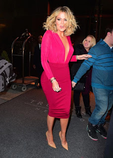 Kloe Kardashian Shows Up In Smashing Hot Pink Dress (Photos)