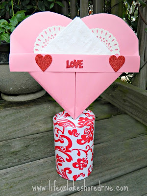Paper Heart Valentine's holder tutorial