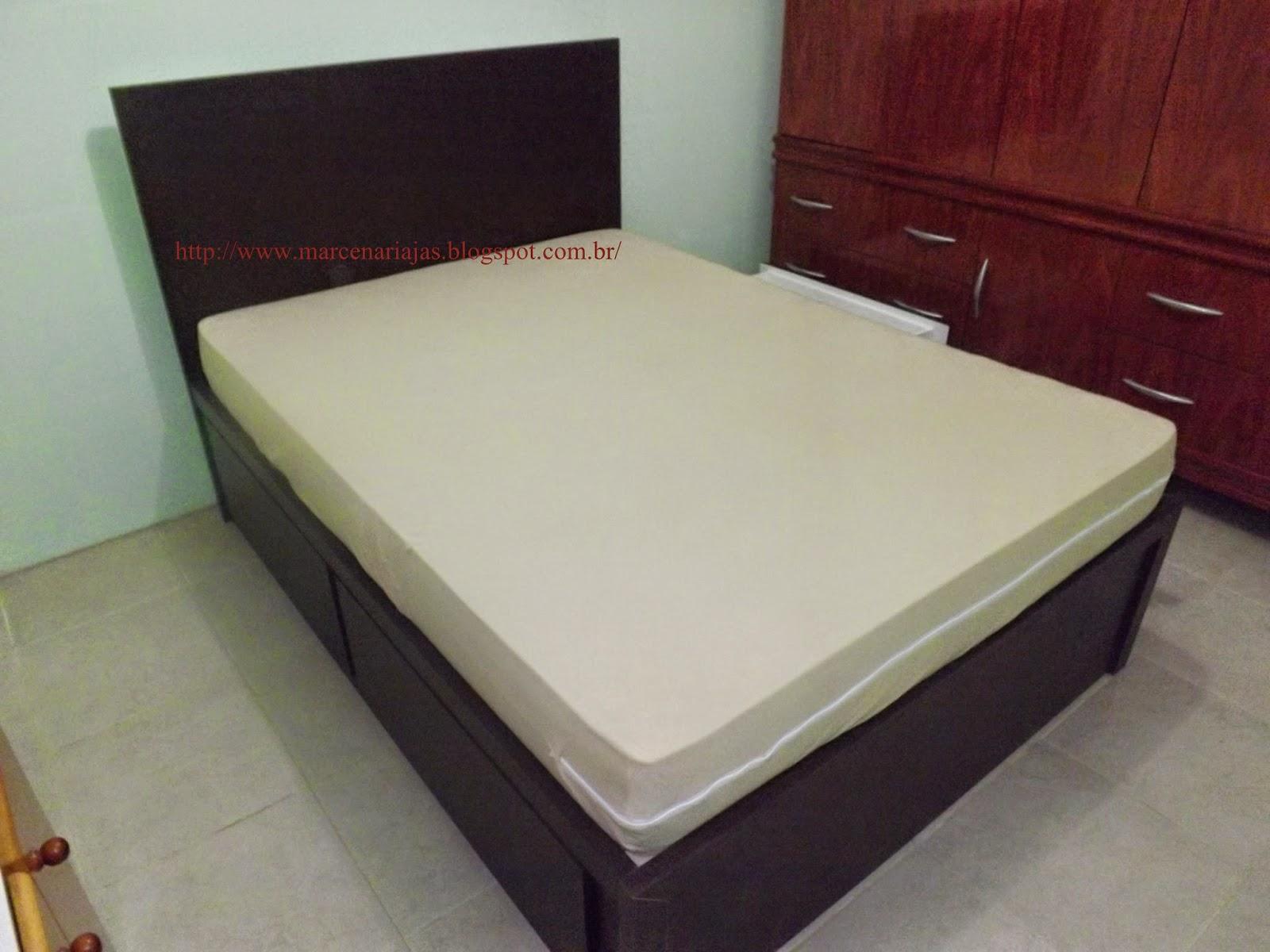 cama com gavetões