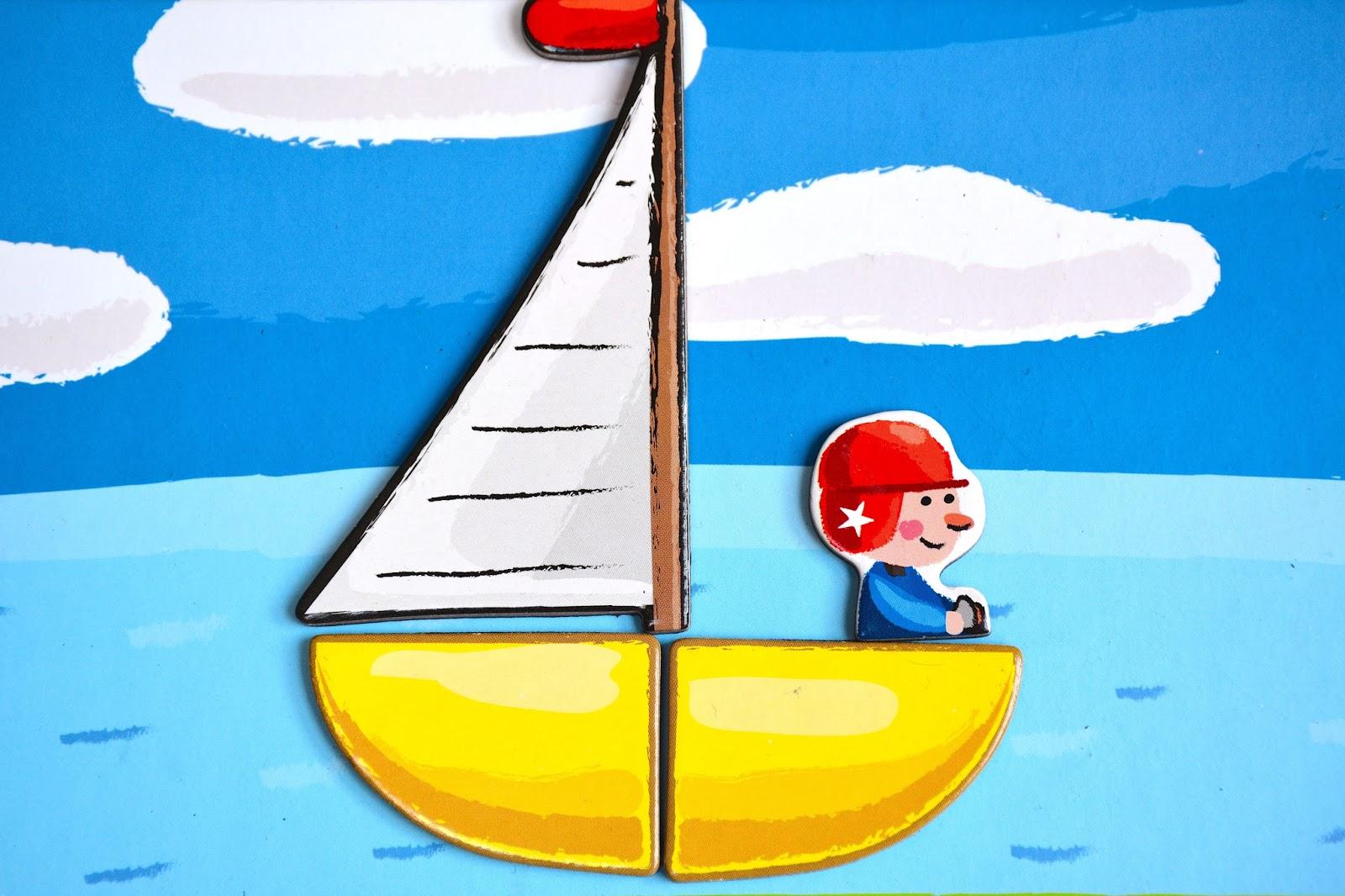 Magnet board sailing boat