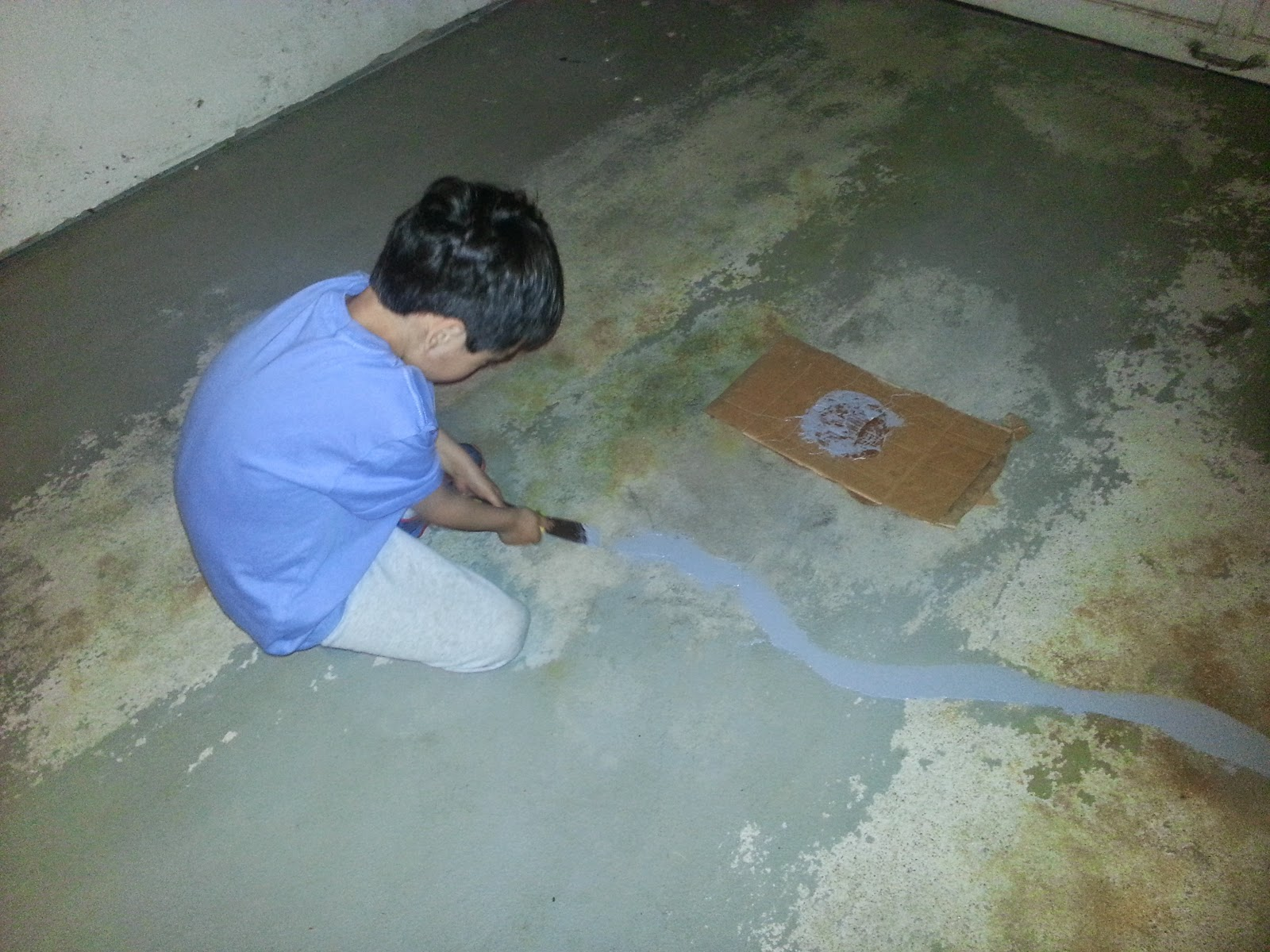 Filling concrete cracks in garage