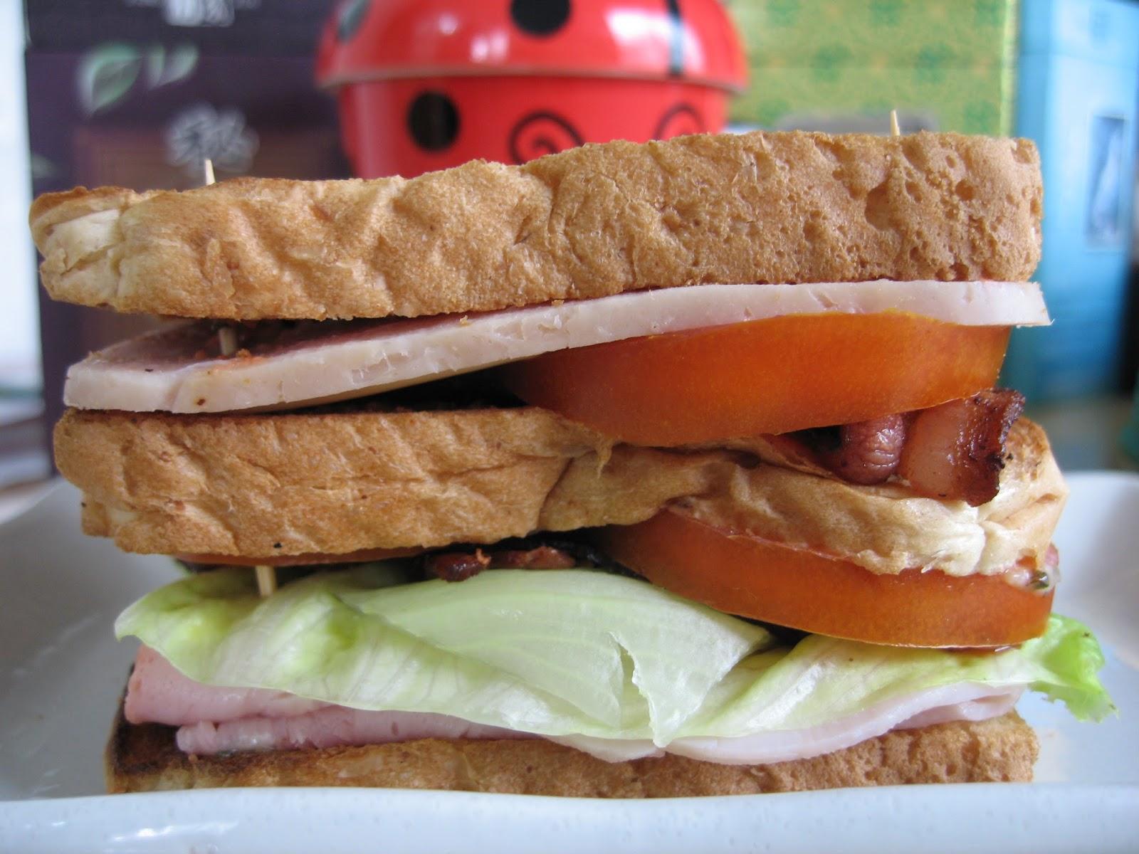 Sumptuous Flavours: Killer Club Sandwich (Ree Drummond)