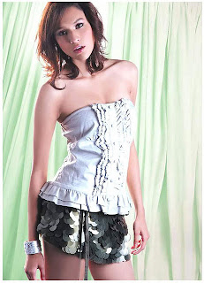 Yardthip Rajpal Thai Sexy Actress Sexy Mini Skirt Photo 8