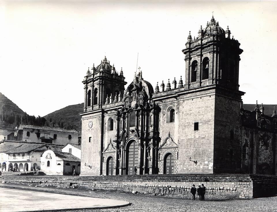 Fachada de la Catedral Del Cusco Catedral Del Cusco Foto Que