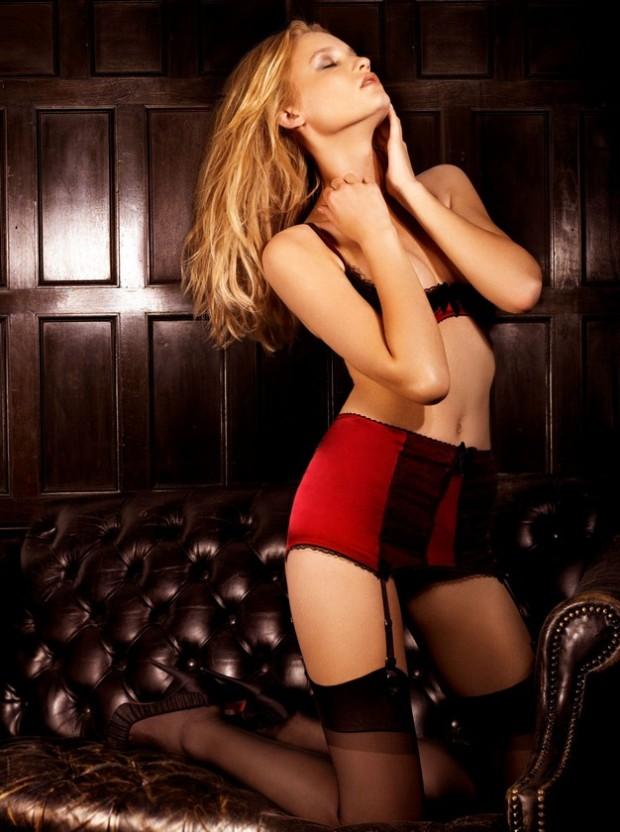Laura russian model