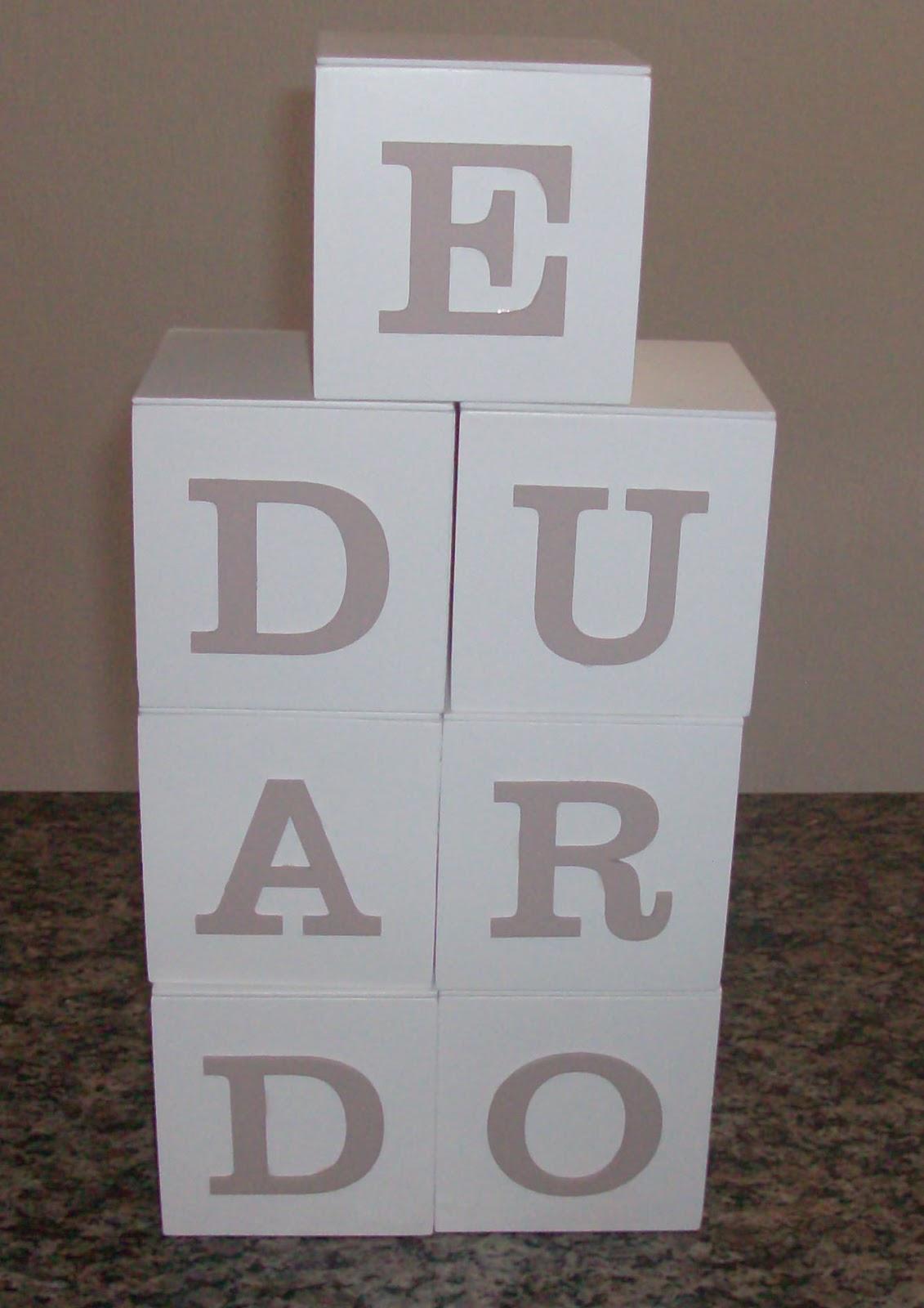 mossoro arte em mdf cubos porte treco em mdf. Black Bedroom Furniture Sets. Home Design Ideas