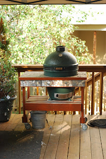 Big Green Egg table stone accents