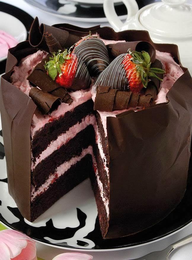 Strawberry+chocolate+mousse+cake