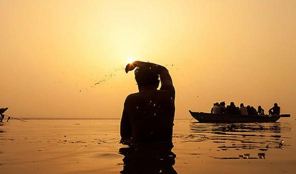 कार्तिक माह में तुलसी दान स्नान पूजा और भजन का महत्व