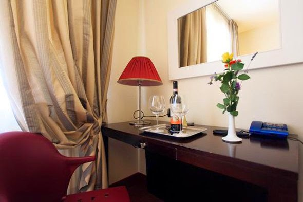 #8 Airport Hotel Florence