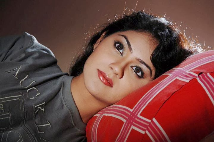 Bangladeshi+Model+&+Actress+Shaina+Amin030