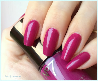 no7-foxglove-stay-perfect-nail-colour