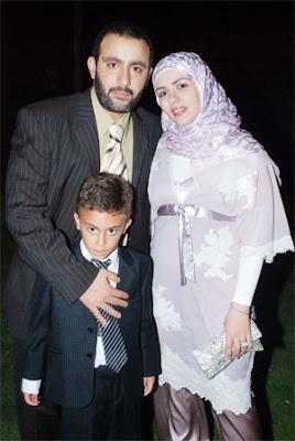 1 صور عائلات الفنانين ابناء و زوجات فنانين لم يظهروا فى الاعلام من قبل