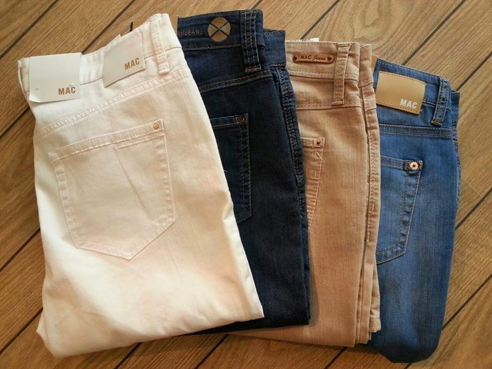 MAC-jeans blå, vita beiga