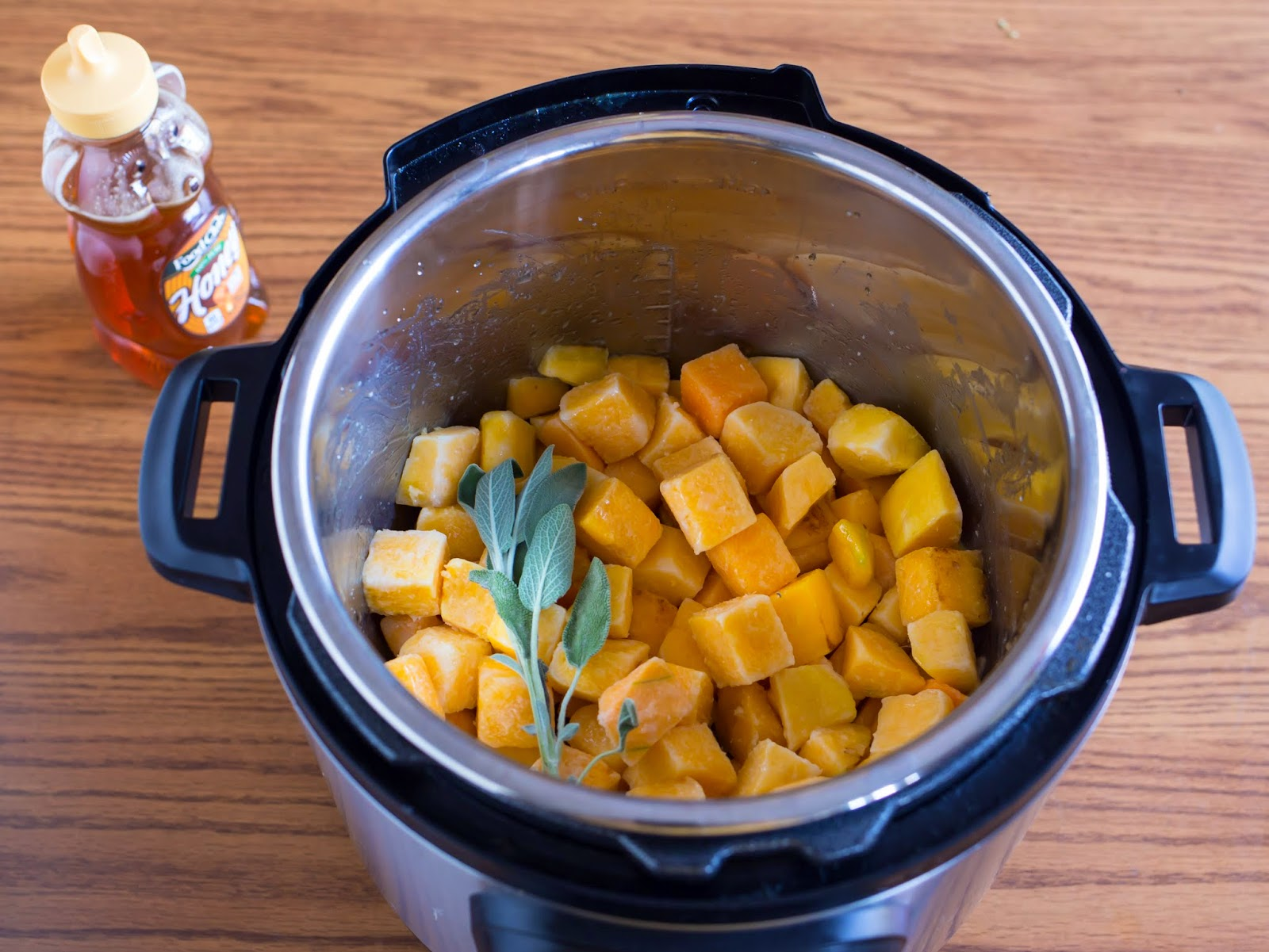 Pressure Cooker Butternut Squash Puree with Honey and Sage | Dad Cooks ...