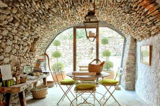 Interiors │Exposed stonework/lulu klein