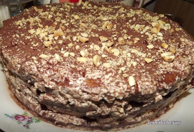 торт изюм мак орехи каприз