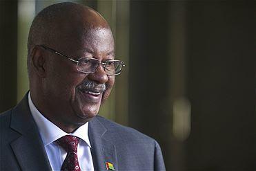 """Primeiro-ministro deposto da Guiné-Bissau """"disponível para continuar a trabalhar"""""""