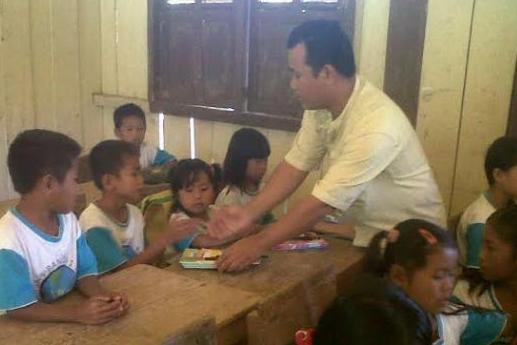 Guru Bantu Selesai Diangkat Dalam 3 Tahun
