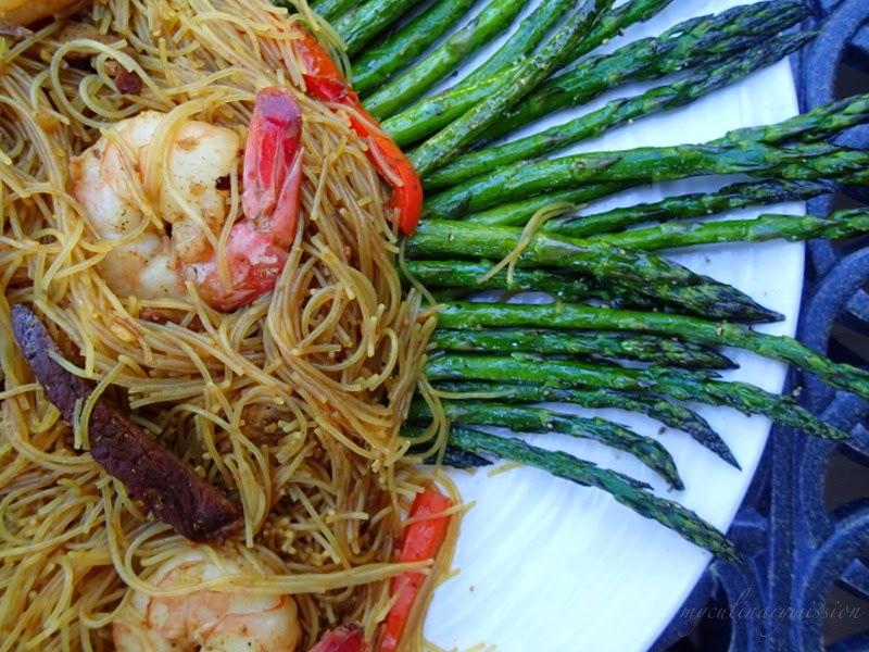 ww: singapore noodles