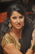 Sravya reddy sizzling saree photos-thumbnail-12