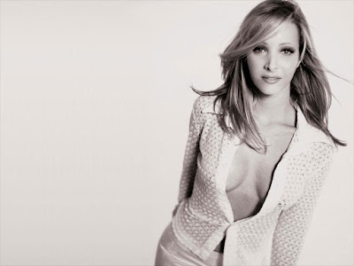 Lisa Kudrow Hot Wallpaper