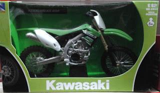 Miniatur Motor Trail kawasaki KX 450F