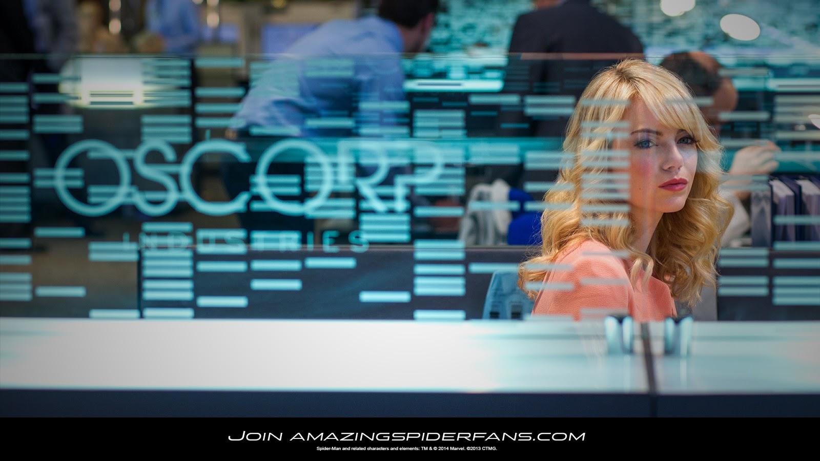 Gwen Stacy (Emma Stone)