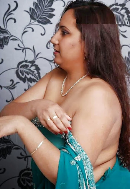 Desi Aunty Full Nude Photo