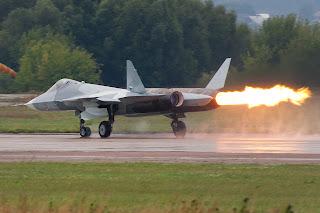sukhoi pak fa t50 on fire, sukhoi t50, sukhoi pak fa, sukhoi pak fa runway
