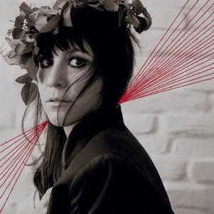 Hannah Schneider new album Red Lines