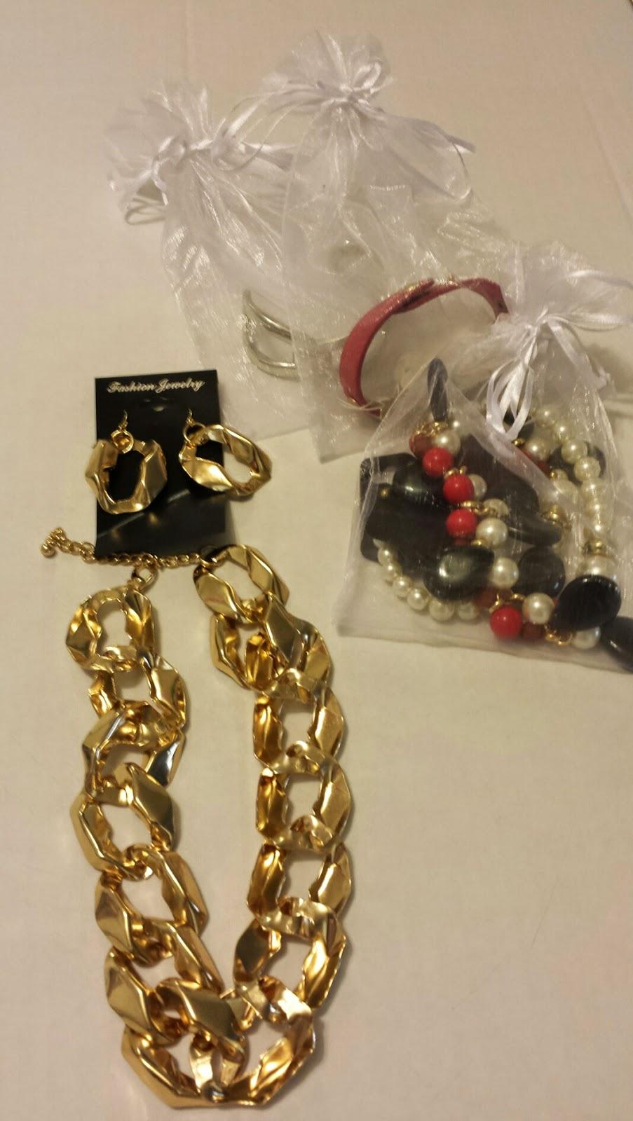 Rhianna's Studio and Love My Accessories Jewelry Display