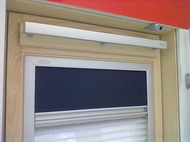 Promoci n campa a de cortinas velux 2011 el aluminio - Cortinas velux precios ...