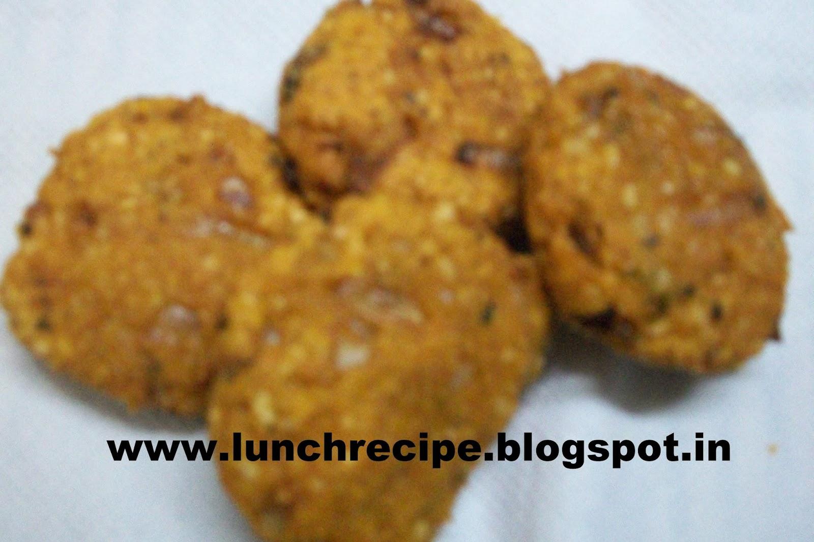 Chana Dal Aur Hare Lehsun Ke Pakore Recipe