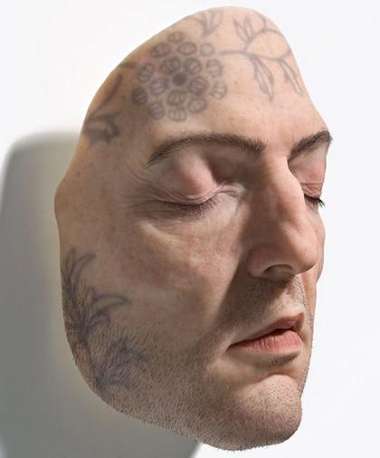 patung realistik