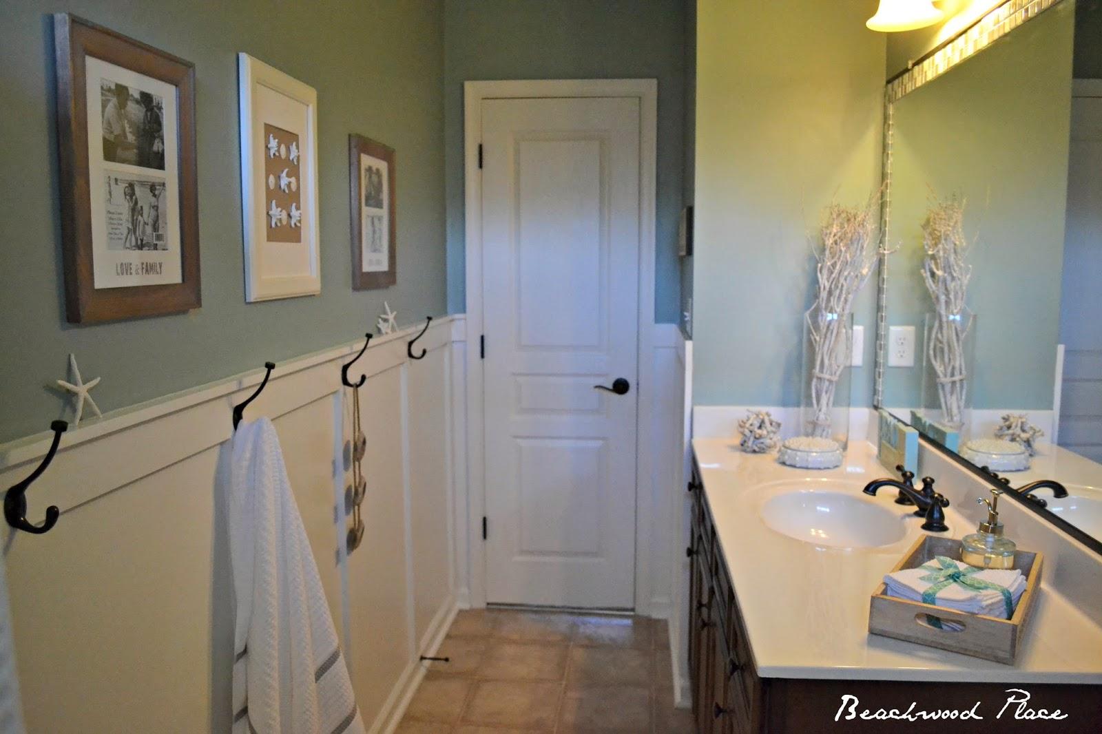 Coastal bathroom - Coastal Bathroom Makeover