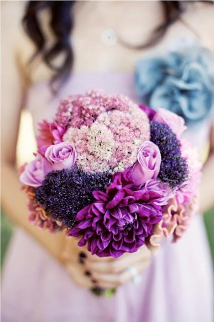 Весілля у фіолетовому стилі