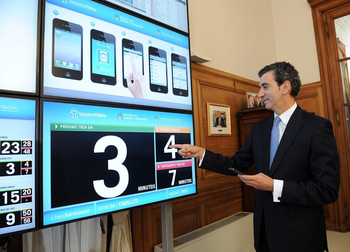 http://4.bp.blogspot.com/-z7S5dx_jz0E/URGyW6BYPMI/AAAAAAAAZyg/xn8dfZbFI6A/s1200/Randazzo+-+El+nuevo+sistema+de+informaci%C3%B3n+de+la+l%C3%ADnea+Sarmiento+es+un+gran+beneficio+para+los+pasajeros-2-.jpg