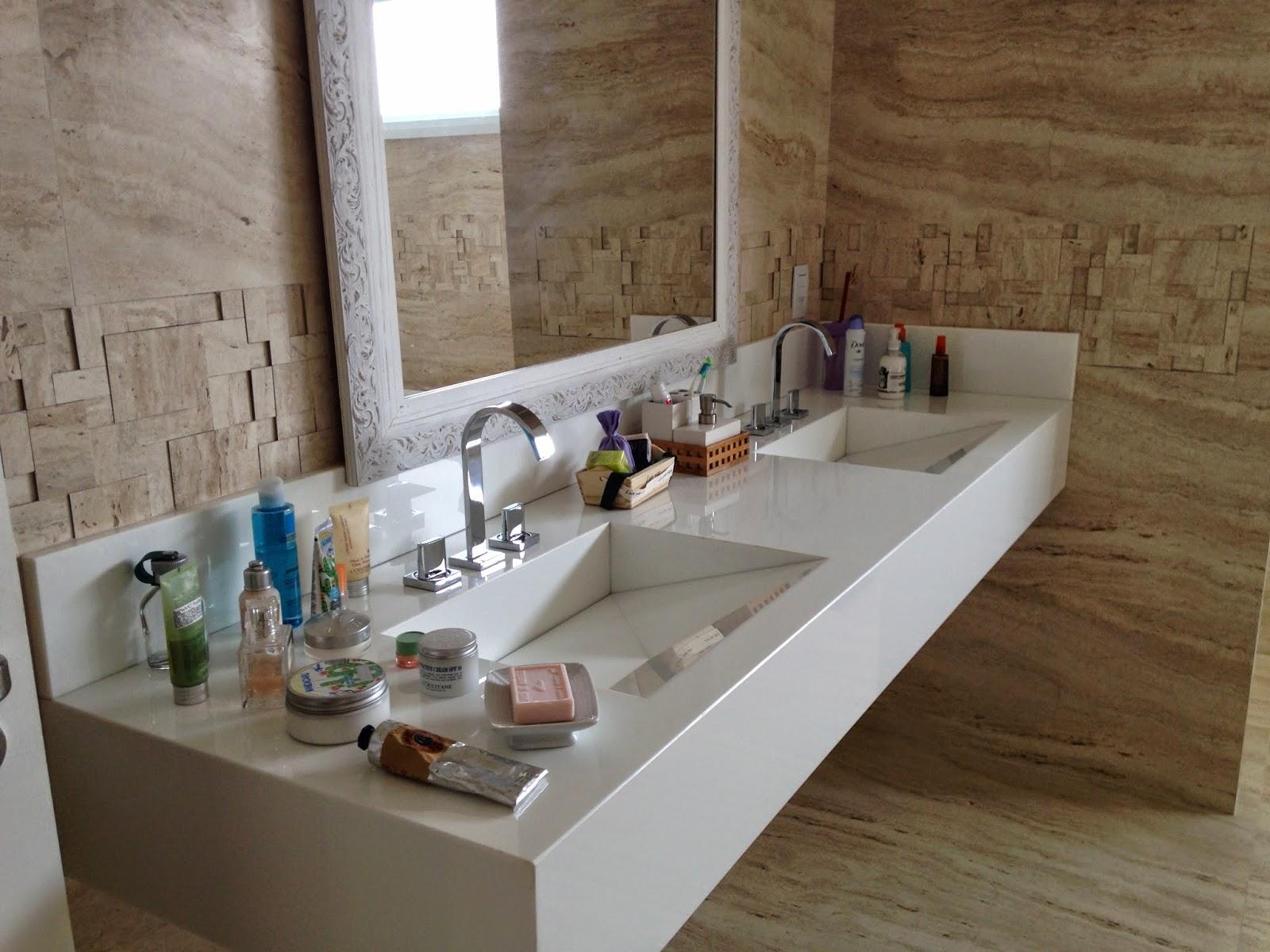 Espelho temporário.. até eu poder mandar colocar um espelhão beeeem  #134363 1600x1200 Bancada Banheiro Saia