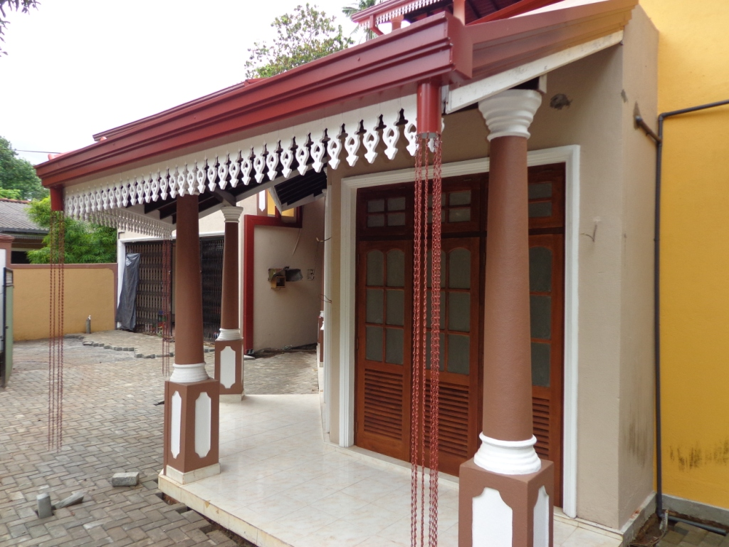 Properties In Sri Lanka: (1003) Brand New 05 Bed Rooms Modern House ... ➤.  Wooden Doors Windows Designs ...