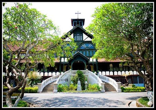 Chủng viện Thừa sai Kontum