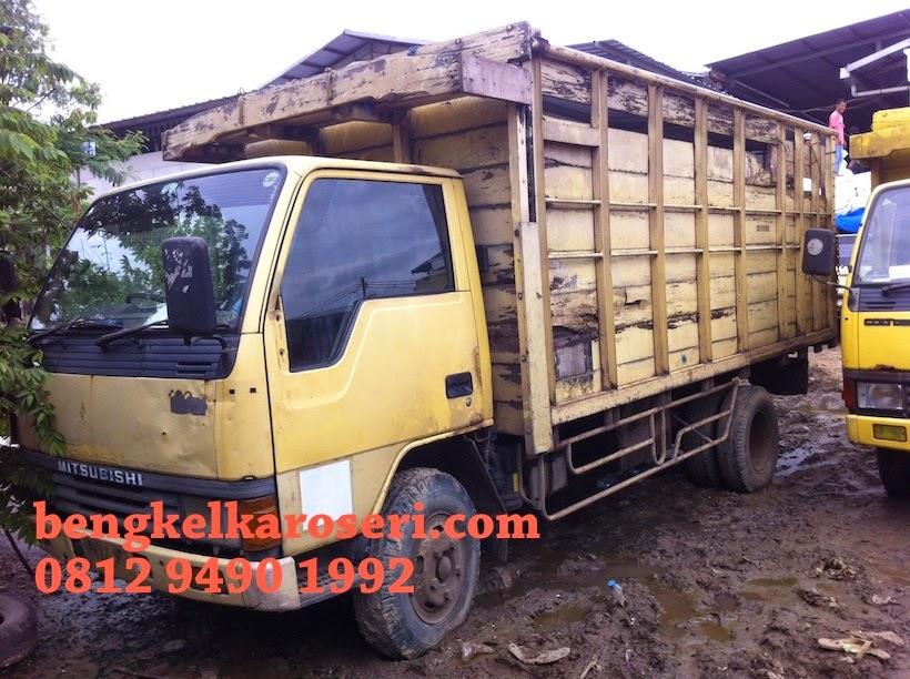 Bengkel karoseri melayani perbaikan dan service bak truk