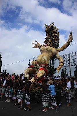 Ogoh-ogoh, Bali