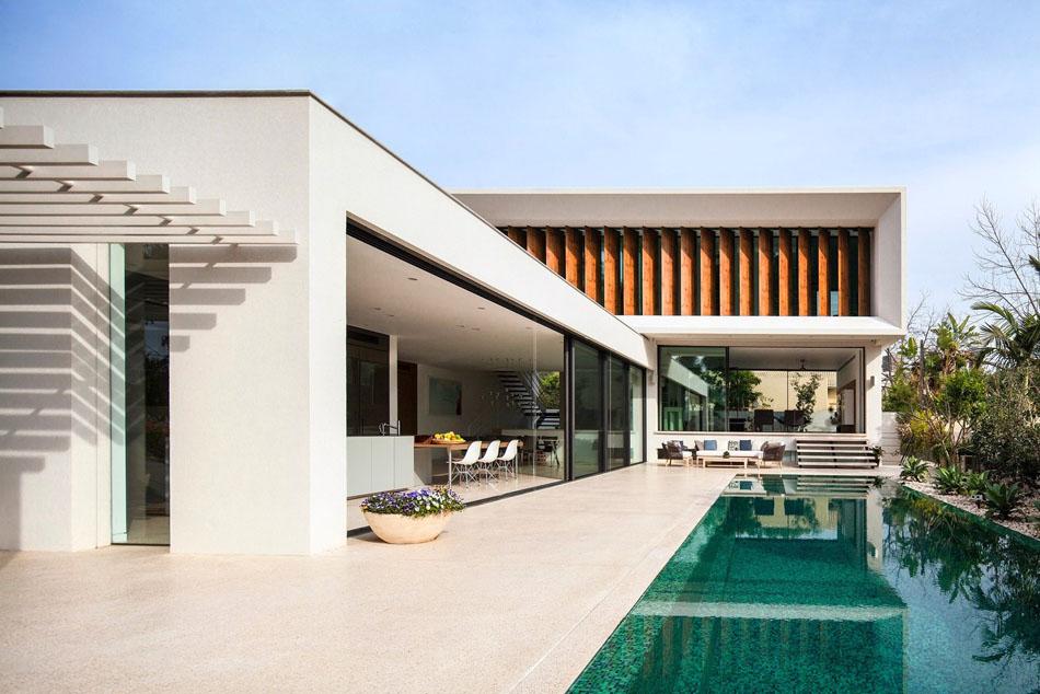 Projeto em l em tel aviv papo de design for L architecture moderne des villa