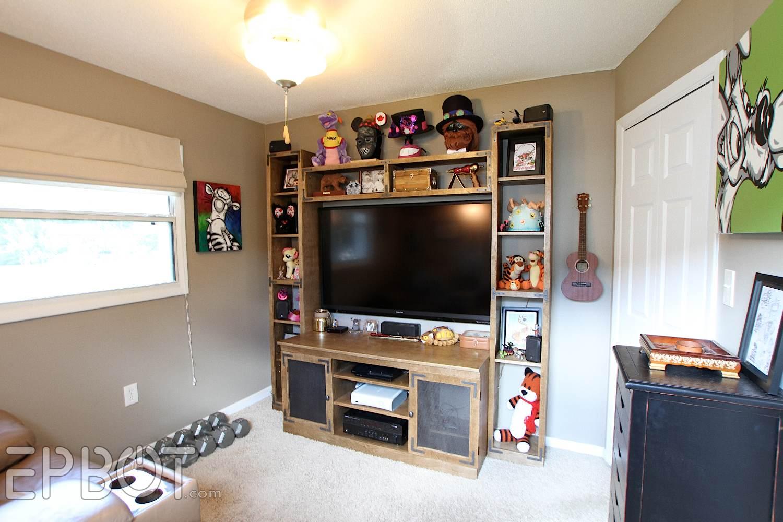 Epbot big reveal john 39 s game room makeover for Gamer bedroom ideas