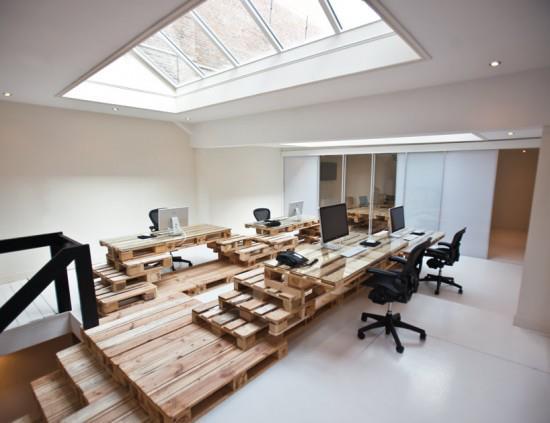 Ilia estudio interiorismo: una oficina realizada con palets ...