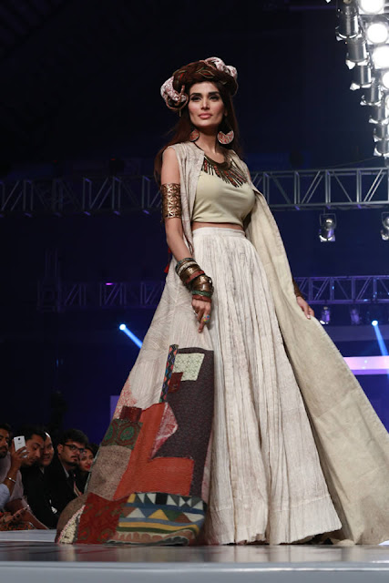"Shubaink  ""Pakistan  United"" At Collection  PFDC Sunsilk Fashion Week 2015"