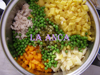 Salata de boeuf cu maioneza