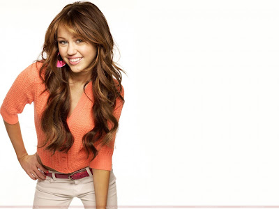 Pop Singer Miley Cyrus Wallpaper-37-1600x1200
